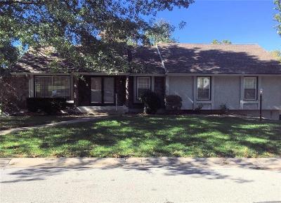 Blue Springs Single Family Home For Sale: 1705 NE 4th Street