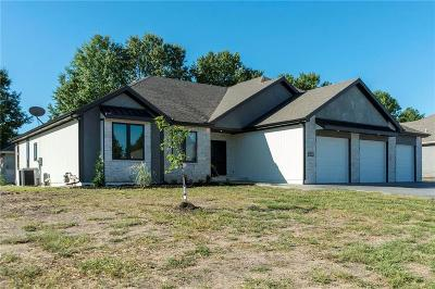 Grain Valley Single Family Home For Sale: 405 NW Rust Court