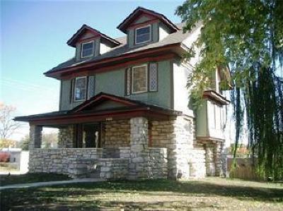 Kansas City Single Family Home For Sale: 3401 Harrison Street