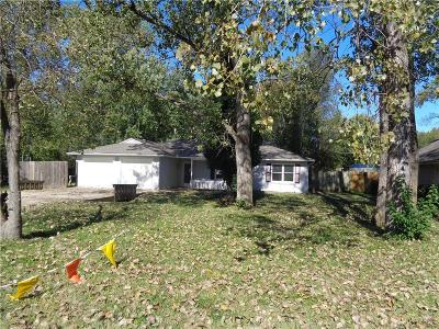 Tonganoxie Single Family Home For Sale: 504 Elmwood Court #1