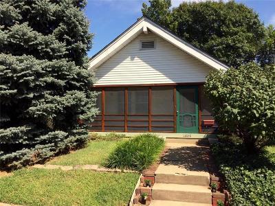 Kansas City Single Family Home For Sale: 4805 Mercier Street