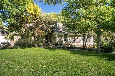 Leawood Single Family Home For Sale: 9311 Lee Court