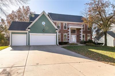 Lenexa Single Family Home For Sale: 13807 W 76th Circle