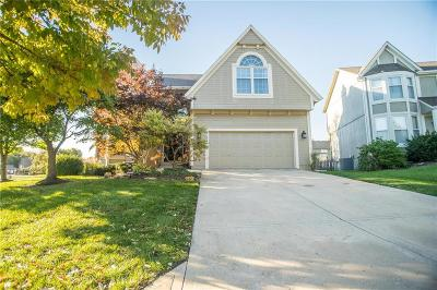 Overland Park Single Family Home For Sale: 6703 W 147th Terrace