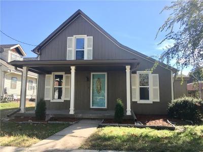 Smithville Single Family Home For Sale: 111 E Church Street