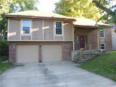 Olathe KS Single Family Home For Sale: $152,400