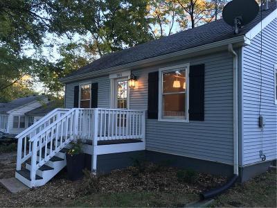 Kansas City Single Family Home For Sale: 905 NE 83rd Street