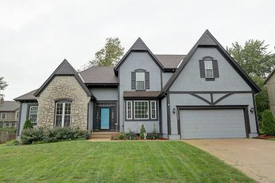 Overland Park Single Family Home For Sale: 12826 Larsen Street