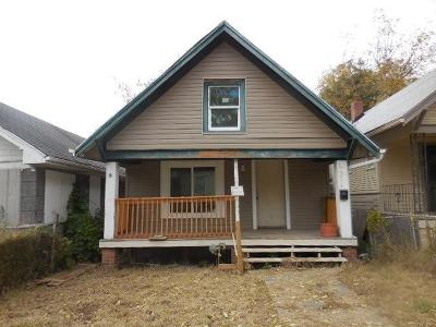 Kansas City Single Family Home For Sale: 2456 Cypress Avenue