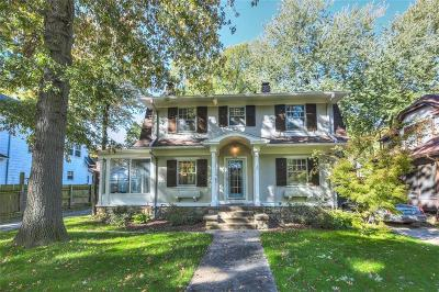 Single Family Home For Sale: 6210 McGee Street