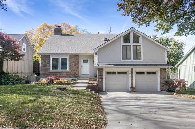 Lenexa Single Family Home For Sale: 7826 Caenen Street