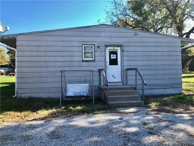 Leavenworth Single Family Home Auction: 1015 N 14th Street
