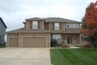 Olathe Single Family Home For Sale: 2261 W Concord Drive