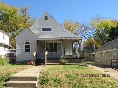 Jackson County Single Family Home For Sale: 3811 Monroe Avenue