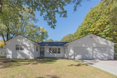 Kansas City Single Family Home For Sale: 2406 N 84 Street