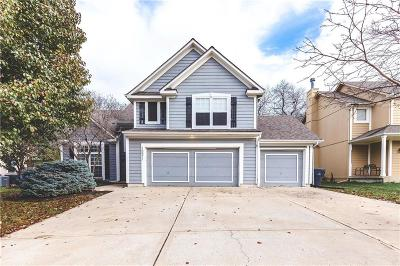 Johnson-KS County, Jackson County Single Family Home For Sale: 15511 S Lindenwood Drive
