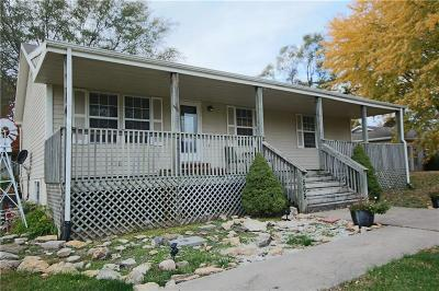 Caldwell County Single Family Home For Sale: 505 Francis Street