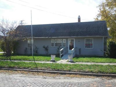 Grundy County Single Family Home For Sale: 300 W 8th Street