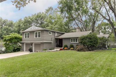 Leawood Single Family Home For Sale: 9730 Manor Road