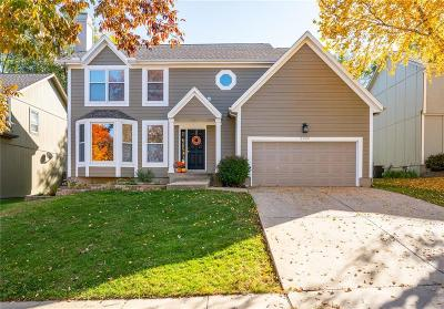 Overland Park Single Family Home For Sale: 6403 W 150th Street