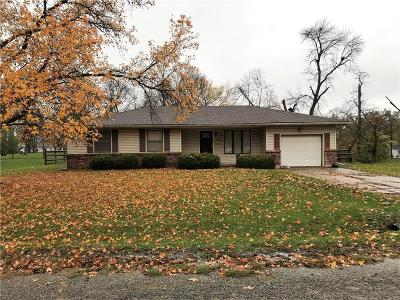 Daviess County Single Family Home For Sale: 406 S Chestnut Street