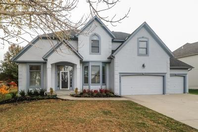 Shawnee Mission Single Family Home For Sale: 14157 Bond Street