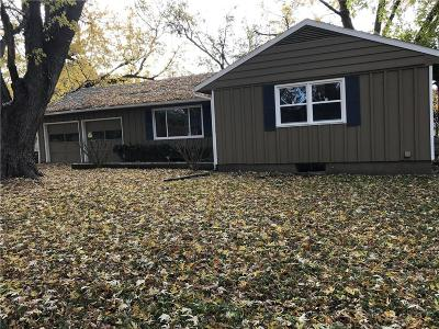 Lansing Single Family Home For Sale: 134 Woodland Road