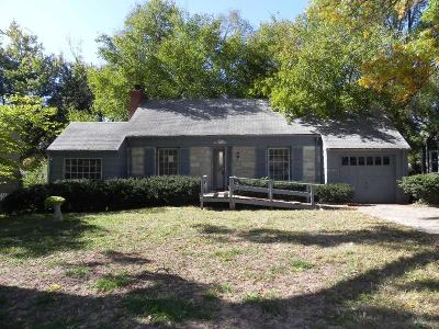 Roeland Park Single Family Home For Sale: 5524 Roe Boulevard