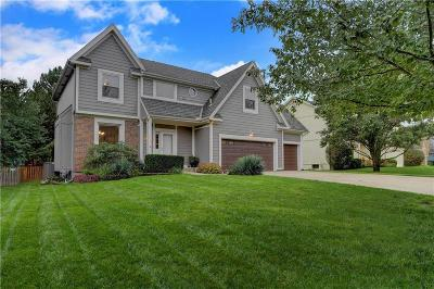 Overland Park Single Family Home Show For Backups: 5613 W 152nd Place