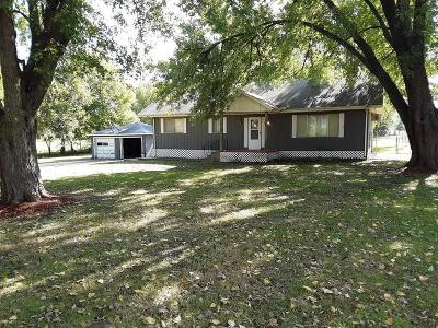 Pleasant Hill Single Family Home For Sale: 18911 E 181st Street