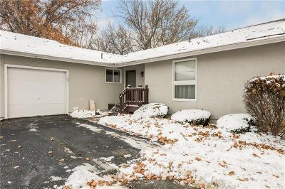 Overland Park Condo/Townhouse For Sale: 10911 Westgate Road