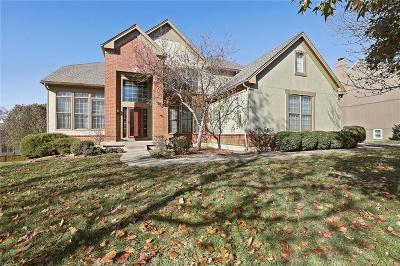 Leawood Single Family Home For Sale: 14412 Windsor Street