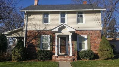 Andrew County Single Family Home For Sale: 404 S 1st Street