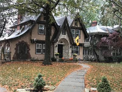 Kansas City Single Family Home For Sale: 1001 W Gregory Blvd Boulevard