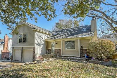 Overland Park Single Family Home For Sale: 10561 Bradshaw Street