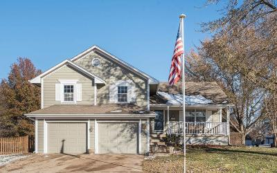 Lee's Summit MO Single Family Home For Sale: $199,900