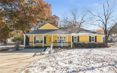 Shawnee Single Family Home For Sale: 5705 Rosehill Road