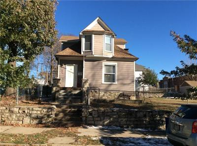 Kansas City Single Family Home For Sale: 213 Bales Avenue
