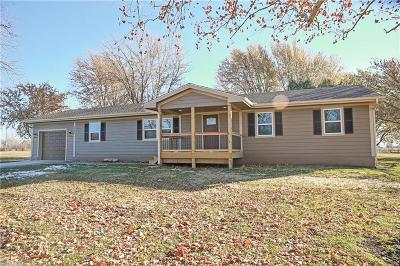 Peculiar MO Single Family Home Pending: $240,000