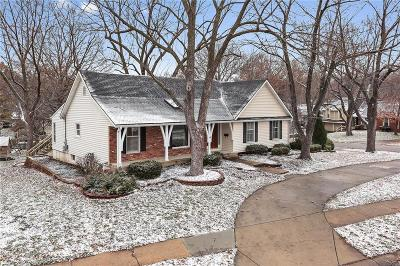 Overland Park Single Family Home For Sale: 10501 W 99th Street