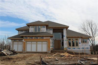 Overland Park KS Single Family Home For Sale: $761,000