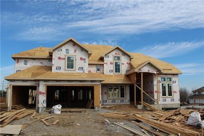 Overland Park KS Single Family Home For Sale: $710,500