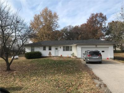 Warrensburg Single Family Home Pending: 412 NW 21 Road