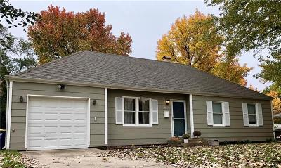 Lee's Summit Single Family Home For Sale: 625 NW Fair Lane