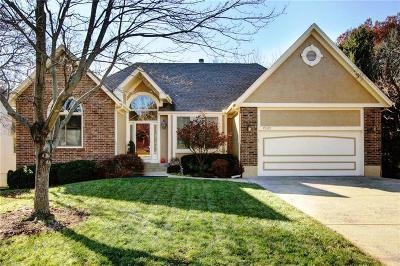 Overland Park KS Single Family Home For Sale: $345,000