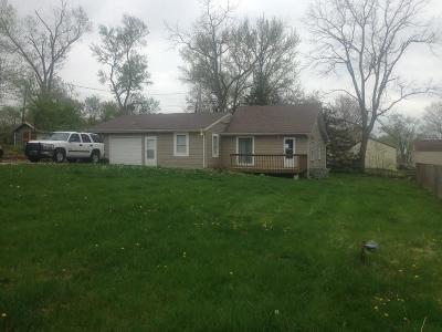 Kansas City Single Family Home For Sale: 4521 NE 45th Street
