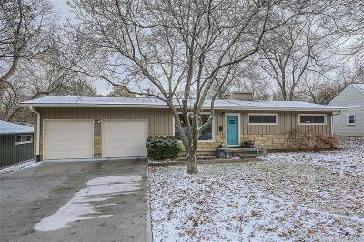 Prairie Village Single Family Home For Sale: 7141 Belinder Avenue