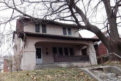 Single Family Home Auction: 724 N 10th Street