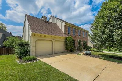 Overland Park Single Family Home For Sale: 12220 Wedd Street