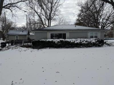 Topeka Single Family Home For Sale: 808 E Front Street